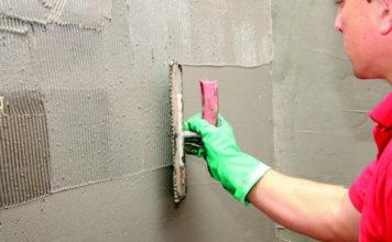 Poradnik profesjonalisty: łazienka kontra wilgoć, czyli kilka słów o prawidłowym wykonaniu cementowej hydroizolacji