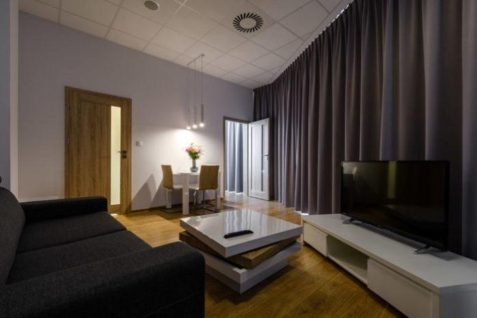 5 zalet wynajmu apartamentu na długie wyjazdy służbowe