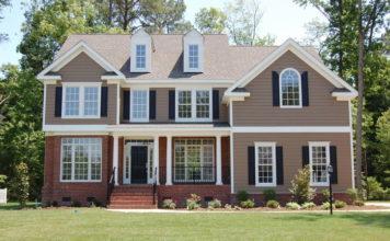 Okna drewniano-aluminiowe - stylowe i odporne na warunki atmosferyczne